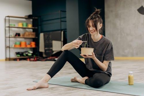Keto dieta a její výhody i rizika – pomůže vám tato dieta k vysněné postavě?